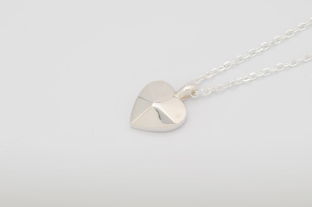 PD-011 EIGHT CUT SOLID HEART